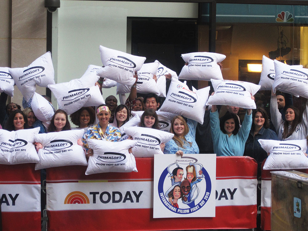 PrimaLoft : The International Pillow Fight Day