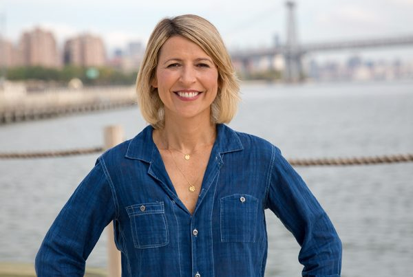 Samantha Brown : brand identity and positioning that reflect Samantha's relaxed down-to-earth nature
