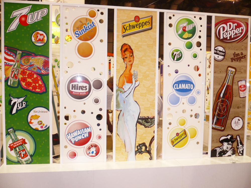 Custom cut bubble and artwork display panels
